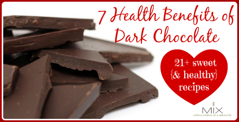 7 Health Benefits of Dark Chocolate + 21 Sweet {& Healthy} Recipes | www.mixwellness.com